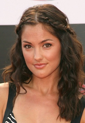 Minka Kelly con trenza