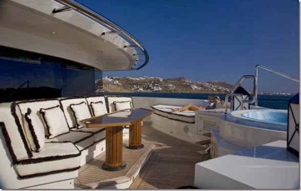 luxury-yachts-toys-5