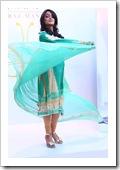Crescent-Summer-Lawn-By-Faraz-Manaan-In-Karachi-Fashion-Show-2012-18