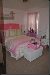 ellies room 028
