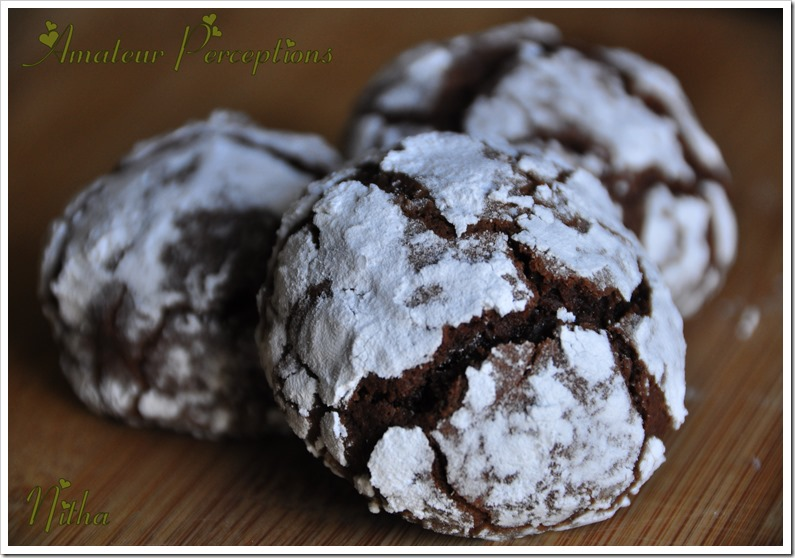 Chocolate Crinkle Cookies 8