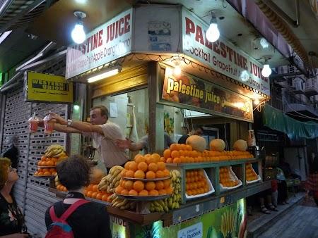 Obiective turistice Iordania: Stand suc fructe Amman.