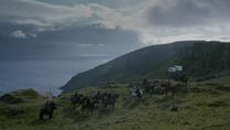 Game.of.Thrones.S02E04.HDTV.XviD-AFG.avi_snapshot_33.01_[2012.04.22_22.31.56]