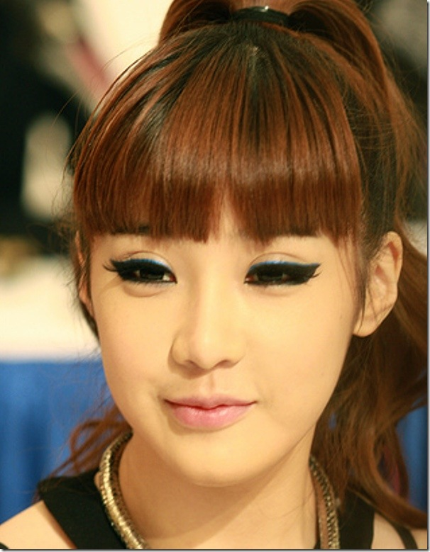 2ne1-Park-Bom-makeup-makeup-28943478-337-500 (1)