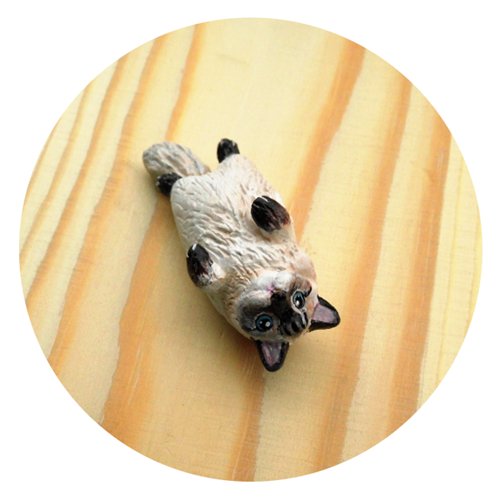 cat figurine5