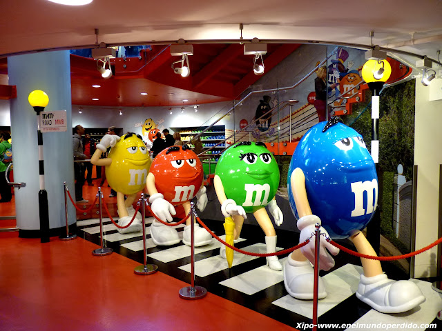 m&m's-abbey-road-beatles.JPG
