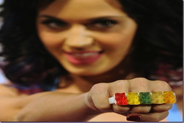 Katy Perry= Gummy-Bear-anel