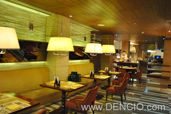 Cafe Ilang Ilang Buffet Manila Hotel 033