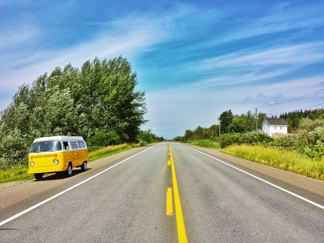 A slice of Yellow on the road