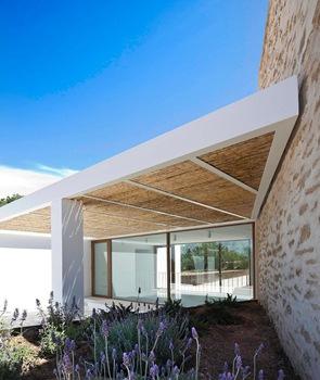 Techos-muros-reformados-casa-de-playa