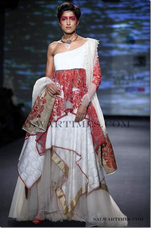 Anju_Modi_Salwar_Delhi_Couture_Week_2012 (7)