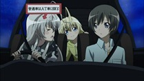 [HorribleSubs] Haiyore! Nyaruko-san - 05 [720p].mkv_snapshot_16.40_[2012.05.07_20.33.22]