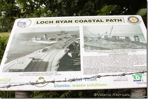 3-loch-ryan-sign