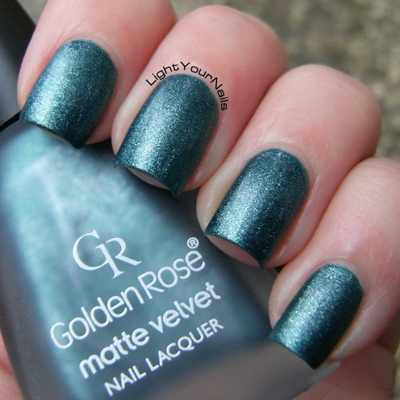 Winter Garden: Golden Rose matte velvet 105