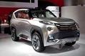 Mitsubishi_Concept_GC-PHEV1