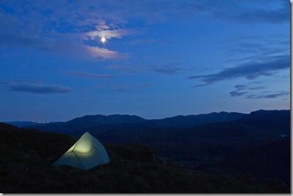 Tent_moon