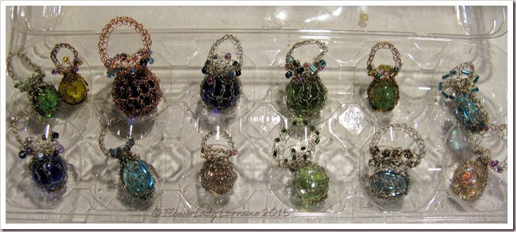 02-01-crocheted-wire-beads-glass
