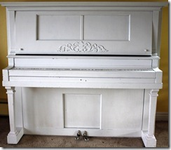Painted piano_crop