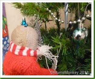 Christmas tree awe