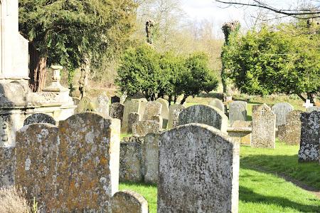 Imagini Anglia: cimitirul Burford