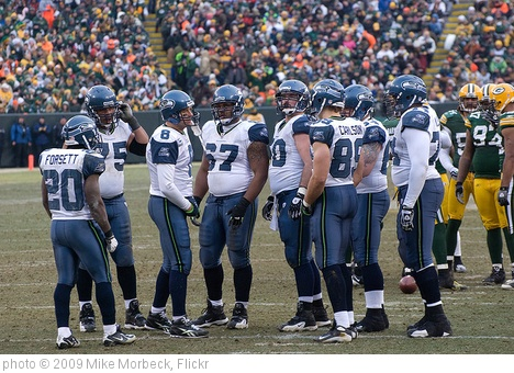 'Seattle Seahawks huddle' photo (c) 2009, Mike Morbeck - license: http://creativecommons.org/licenses/by-sa/2.0/