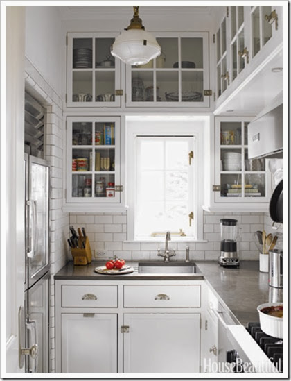 hbx-joan-schindler-white-kitchen-0507-xln