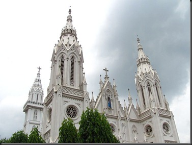 800px-Basilica_of_Our_Lady_of_Dolours