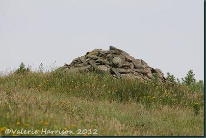 48-cairn