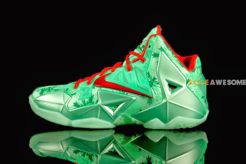first look at mens nike lebron xi christmas 616175301