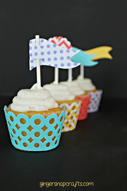 cupcakes & party flags