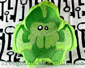 Cthulhu Embroidered Plush by Treegold and Beegold