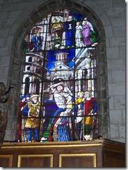 2012.08.17-007 vitraux dans l'église