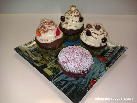 cupcakes de chocolate y queso