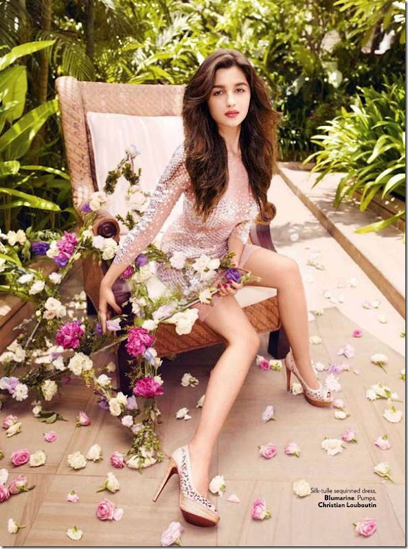 Alia-Bhatt-Latest-Photoshoot-for-Vogue-Magazine-September-2012-[mastitime247.blogspot.com]1