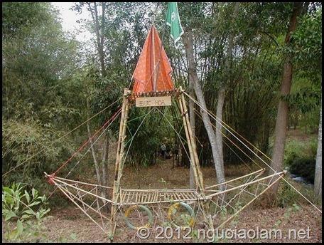 Những cổng trại đẹp nhất trại Dũng GĐPT Gia Định 2004