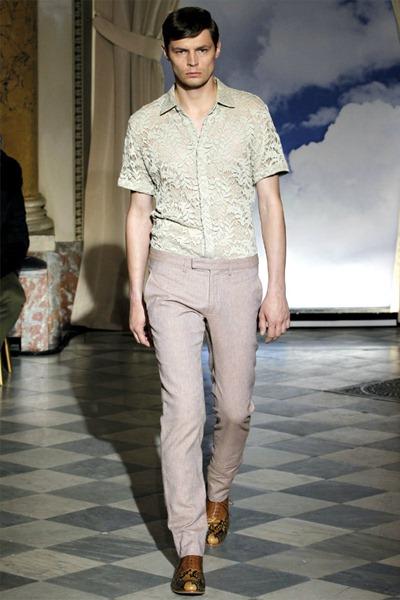 Paris Fashion Week Primavera 2012 - Viktor & Rolf