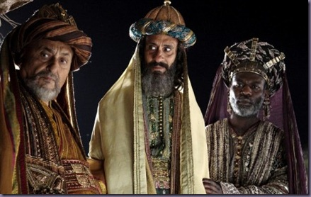 Three-Wise-Men-in-The-Nativity-Story-600x450