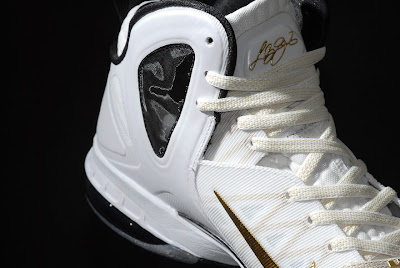 nike lebron 9 ps elite white gold home 9 10 kenlu LeBron 9 P.S. Elite White/Gold (Home) & Black/Gold (Away)