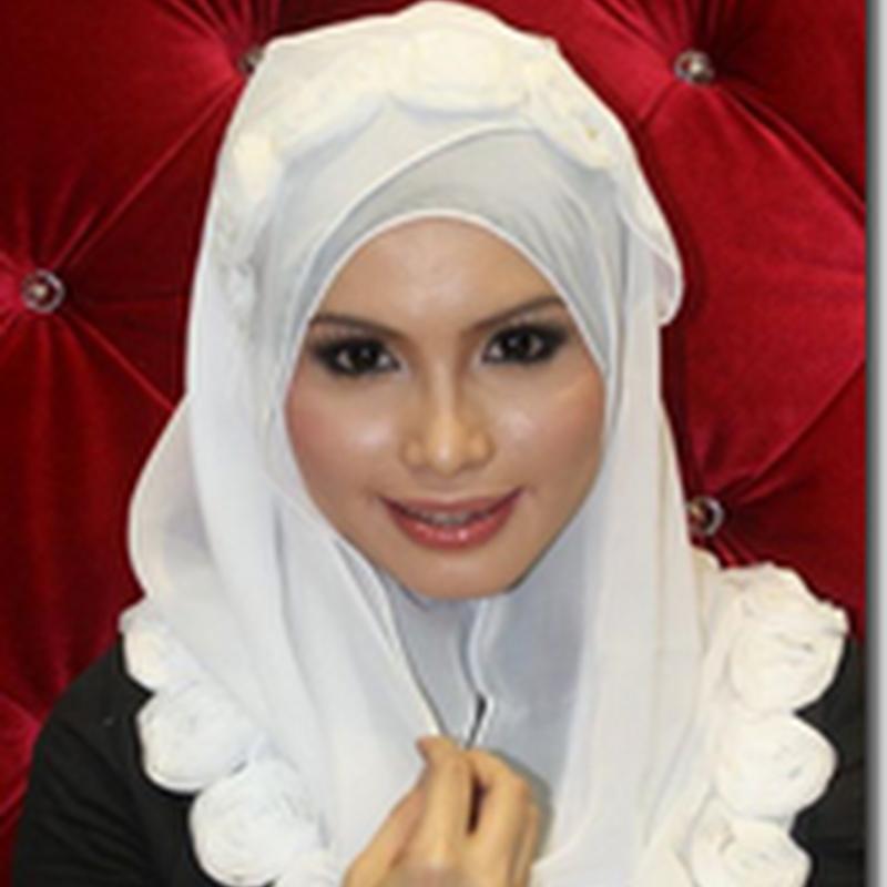 Shawl Habibi di Habibi Al Kenali