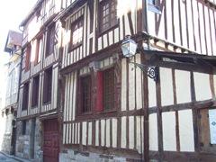 2006.08.25-017 maisons normandes