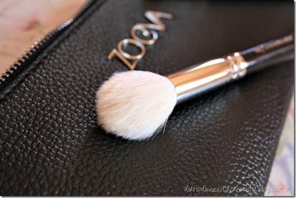 zoeva pennelli 105 luxe highlight brush detail