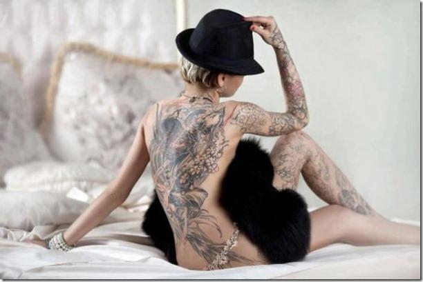 hot-tattoos-women-7