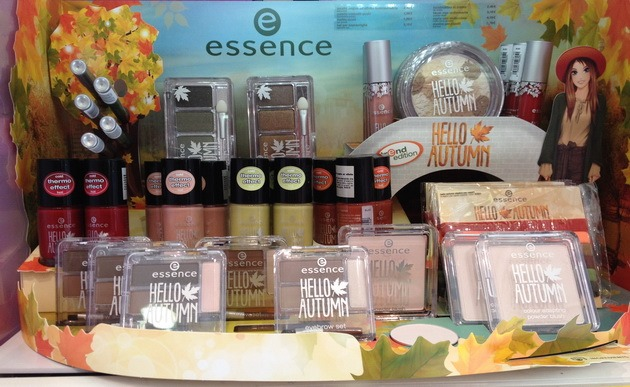 Essence Hello Autumn display