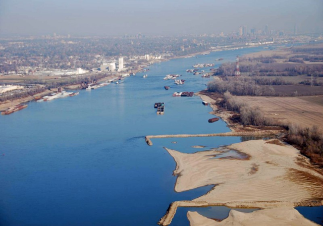 This 28 November 2012 file photo provided by The United States Coast Guard shows man-made dikes, perpendicular to the shore, and large sandbars exposed by low water levels along the shoreline of the Mississippi River South of St. Louis. Mayors from states along the Mississippi river said Thursday, 21 March 2013 that they would work with federal lawmakers to sharpen the national focus on the waterway after two years in which shipping has been threatened by flooding and then drought. Photo: Colby Buchanan / United States Coast Guard / AP Photo