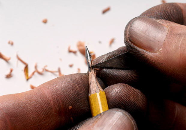 Pencil sculptures : Miniature Masterpieces by Dalton Ghetti