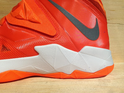 nike zoom soldier 7 tb brilliant orange 2 03 Closer Look at Nike Zoom Soldier VII Team Bank Styles