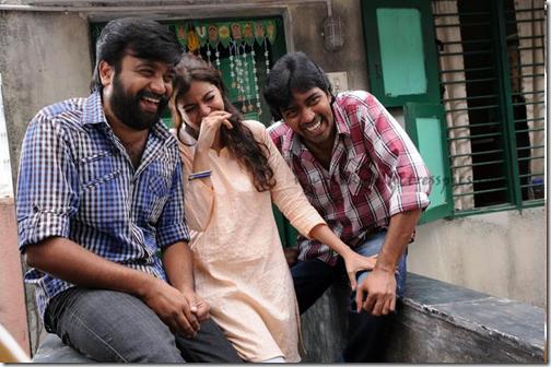 Download Poraali MP3 Songs|Poraali Tamil Movie MP3 Songs Download