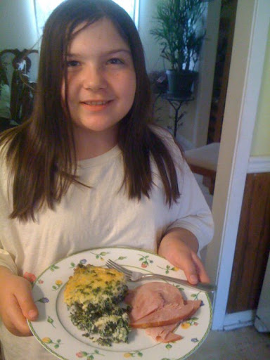 11 year-old Jeanine made this spinach torta with a side of ham.  Dianne helped her whip up the dish.