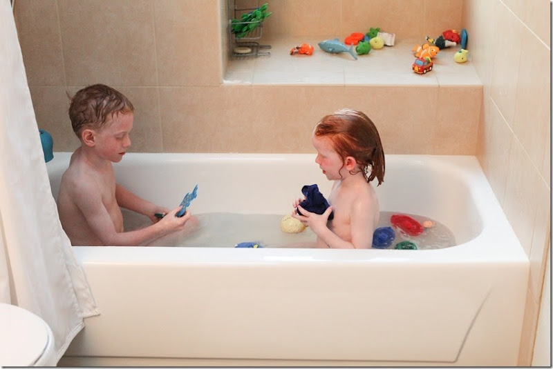double kids in a bathtub (41)-small