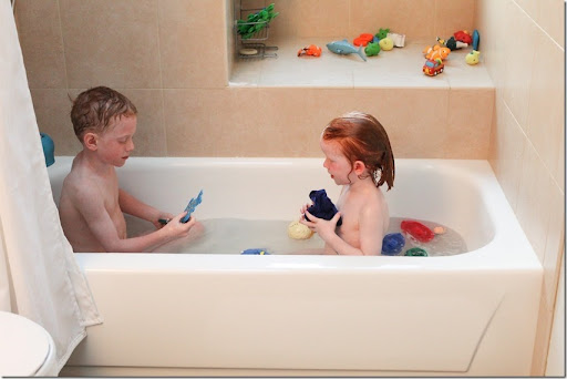 Double Kids In A Bathtub (41) Small